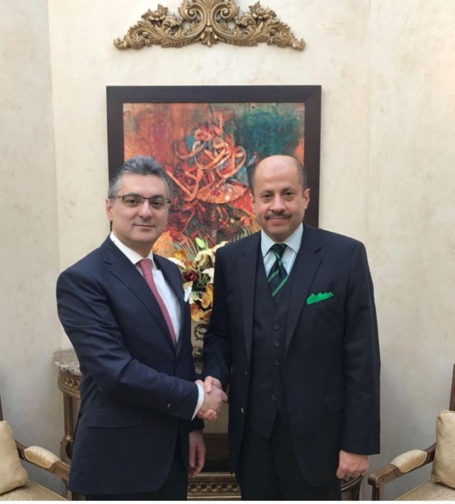 سفير المملكة لدى كندا يبحث الموضوعات المشتركة مع نظيره اللبناني