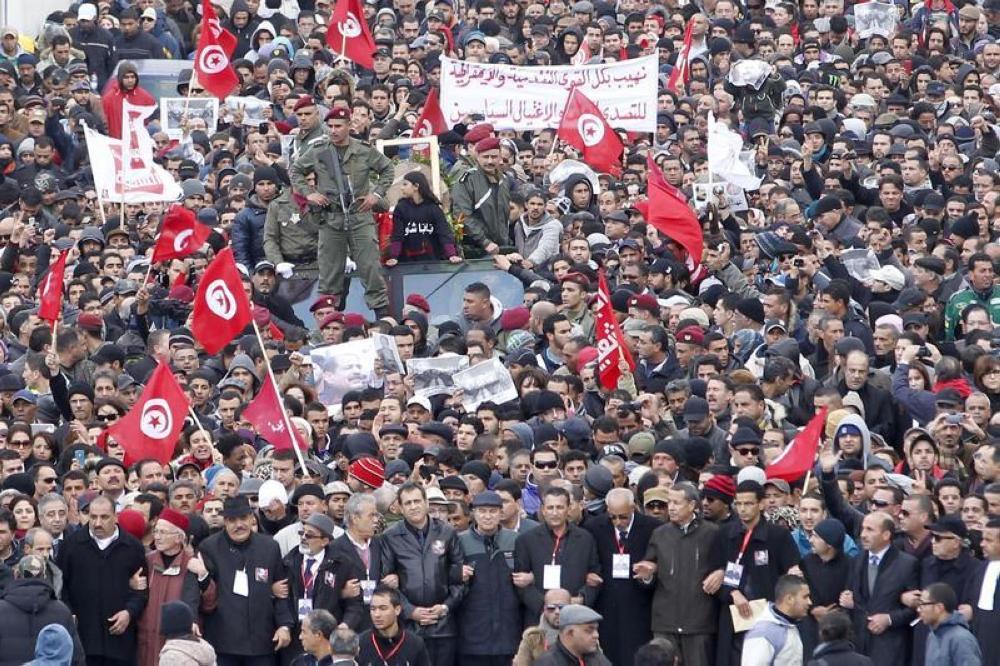 إضافة شهر في رصيد «حالة الطوارئ» بتونس