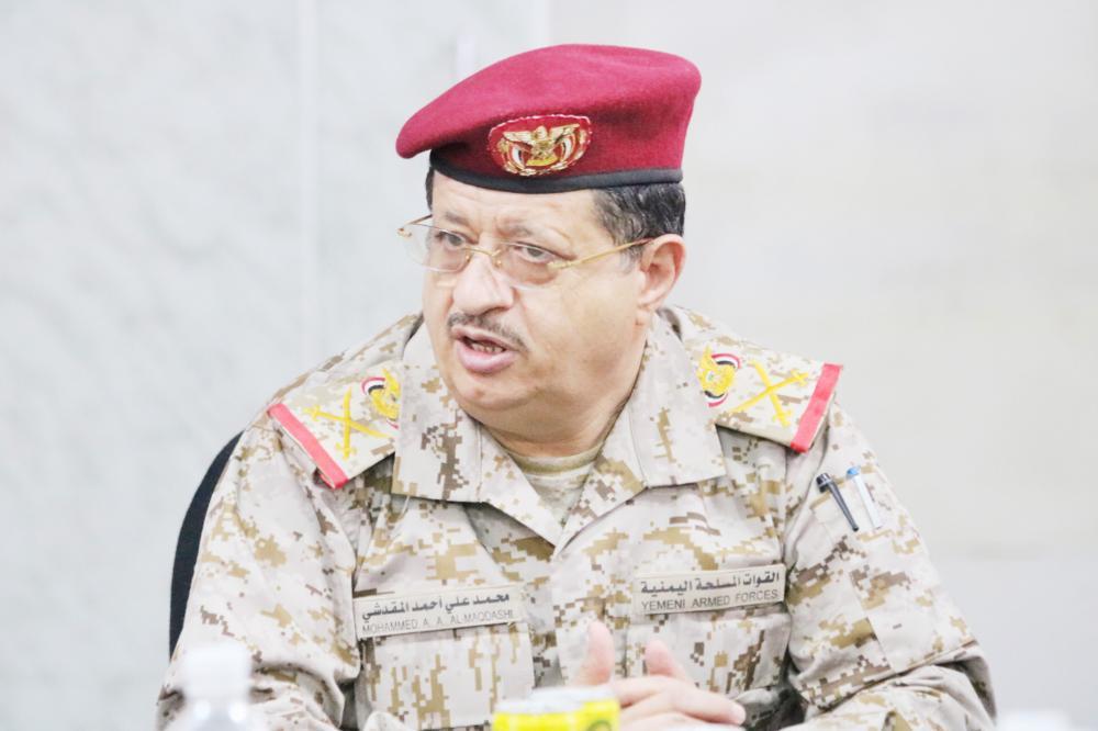 المقدشي لـ«عكاظ»: نهاية الحوثي قريبة.. ولا مقاومة خارج «الشرعية»