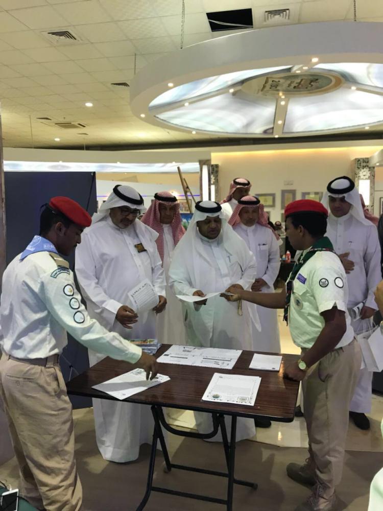 مدير تعليم جدة خلال زيارته للجنادرية