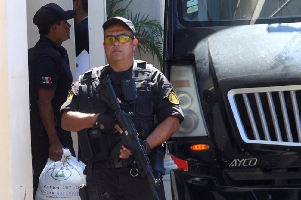 عناصر أمن مكسيكيون. (رويترز)