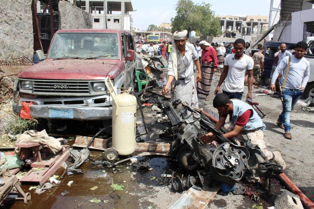 مقتل وإصابة 38 شخصا بانفجار «مفخخة» في عدن وداعش يتبنى