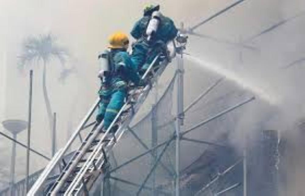 ارتفاع عدد قتلى حريق فندق في الفلبين إلى 5