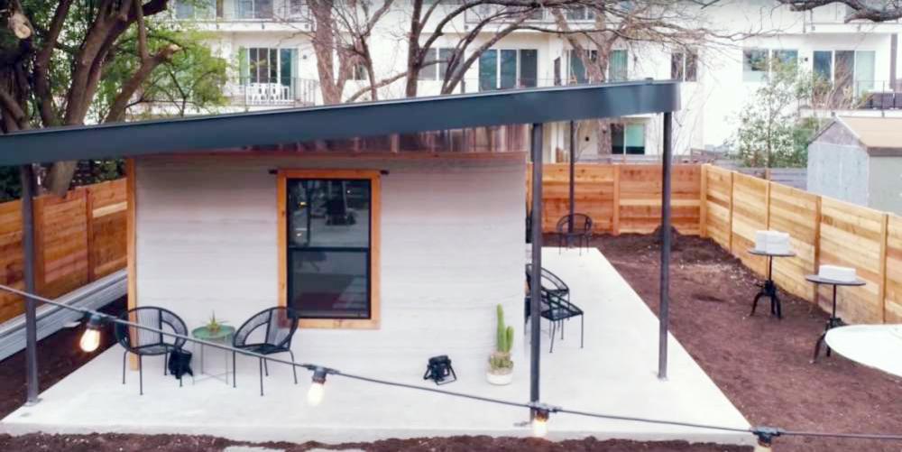 المنزل المبني بالطباعة.