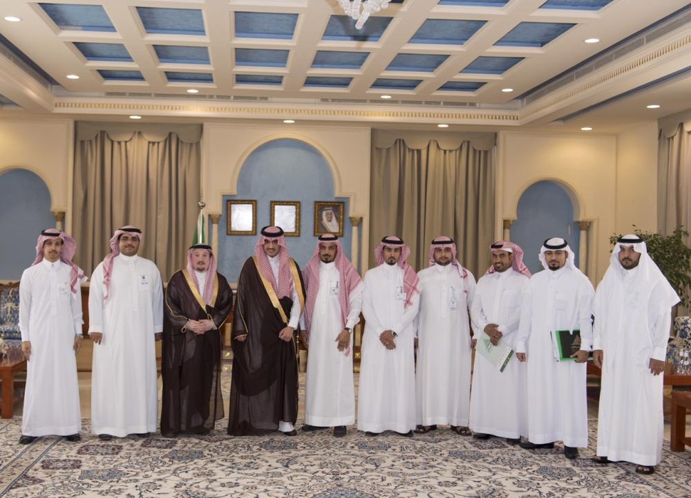 أمير الجوف يستقبل مدير عام فرع «الإسكان» بالمنطقة