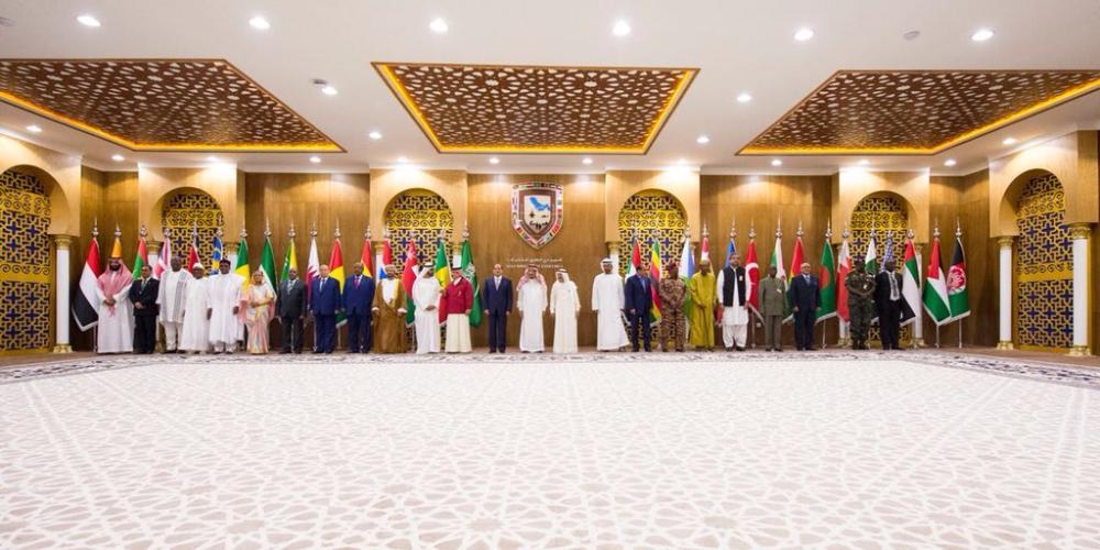 محمد بن زايد: المملكة ركيزة الأمن والاستقرار بالمنطقة والعالم