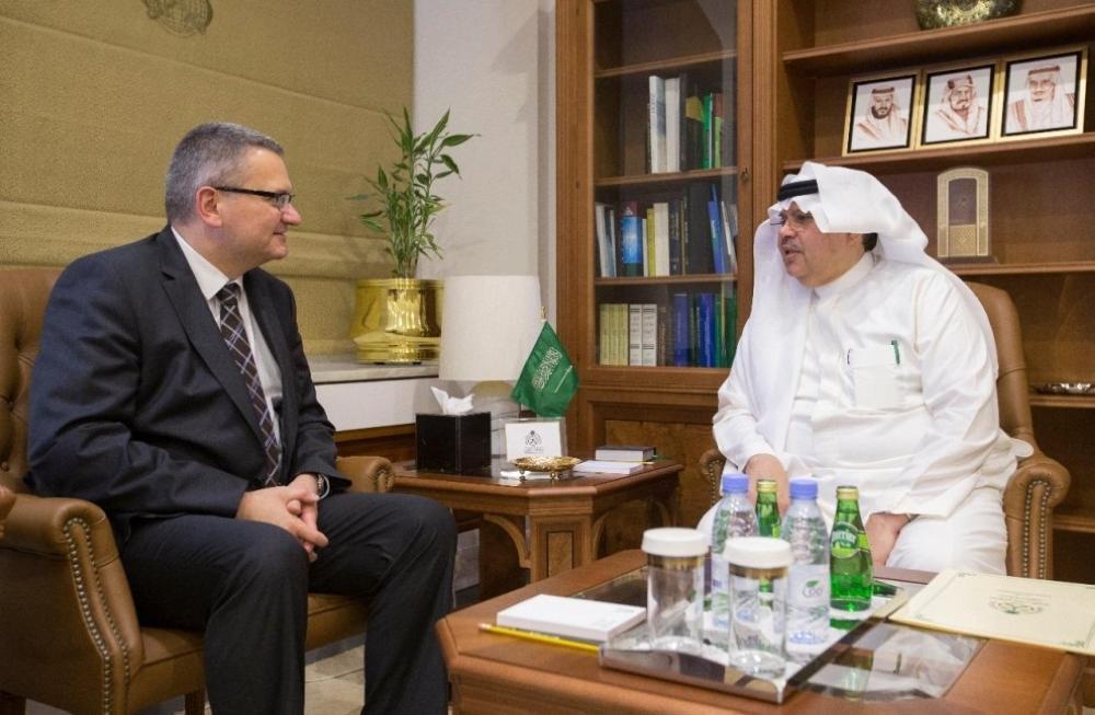 وكيل وزارة الخارجية للشؤون السياسية والاقتصادية يستقبل السفير البولندي