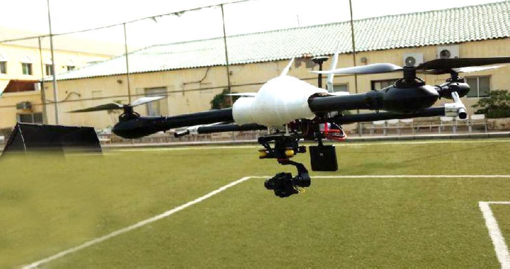 إحدى طائرات الدرون.