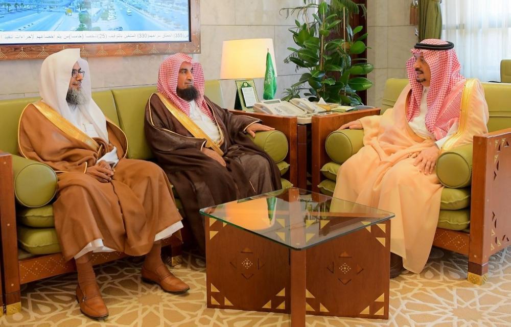 أمير الرياض يستقبل رئيس محكمة الاستئناف ورئيس المحكمة الجزائية