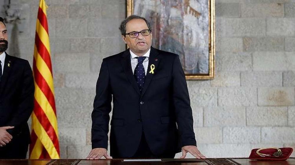 الرئيس الكاتالوني الجديد يرفض أن يقسم بالولاء للدستور