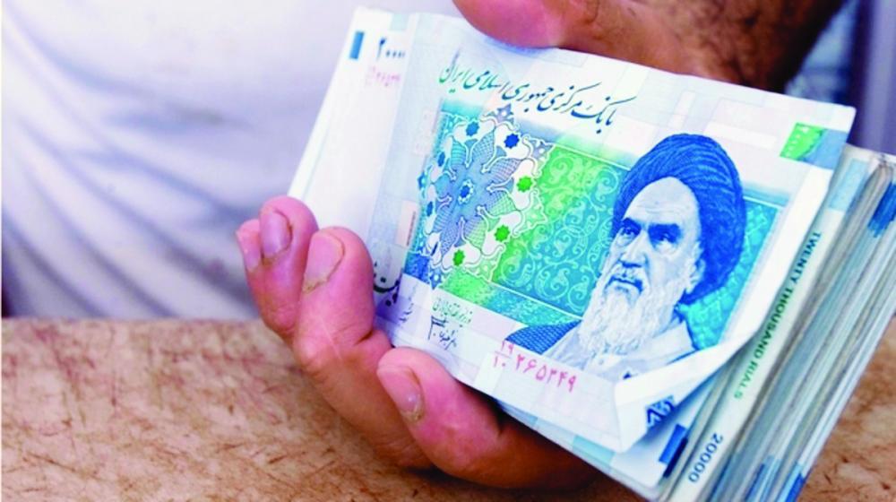 سقطت في دوامة التضخم.. عملة إيران أخطر من المخدرات
