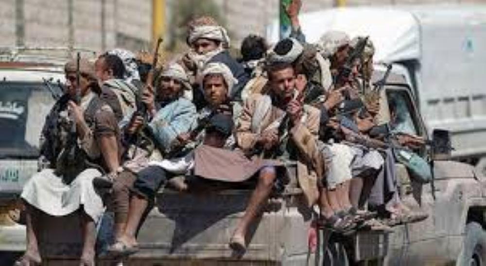 قيادي: الحوثيون مفسدون.. ودورات إيرانية لإخضاع الشباب