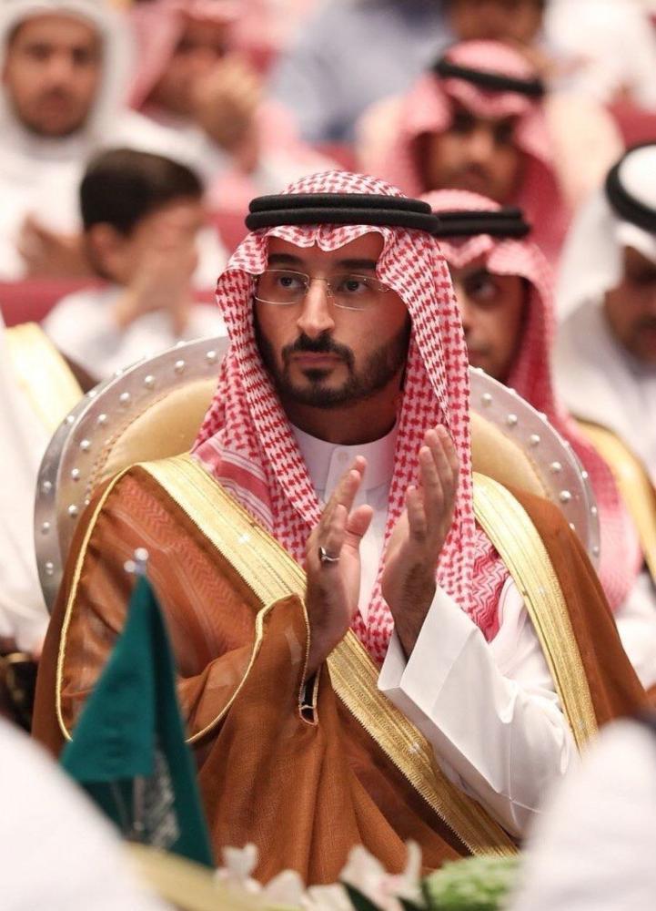 عبدالله بن بندر يشهد تخريج 384 طالبة من «جامعة دار الحكمة»