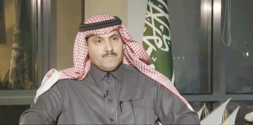 آل جابر: طائرات إغاثة سعودية تصل سقطرى قريباً