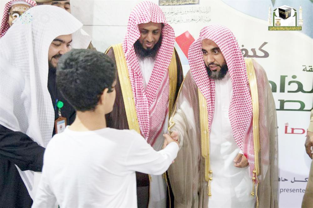 عبدالله الجهني لم يغب عن صلاة الفجر في المسجد الحرام إلا نادرا منذ 10 أعوام.
