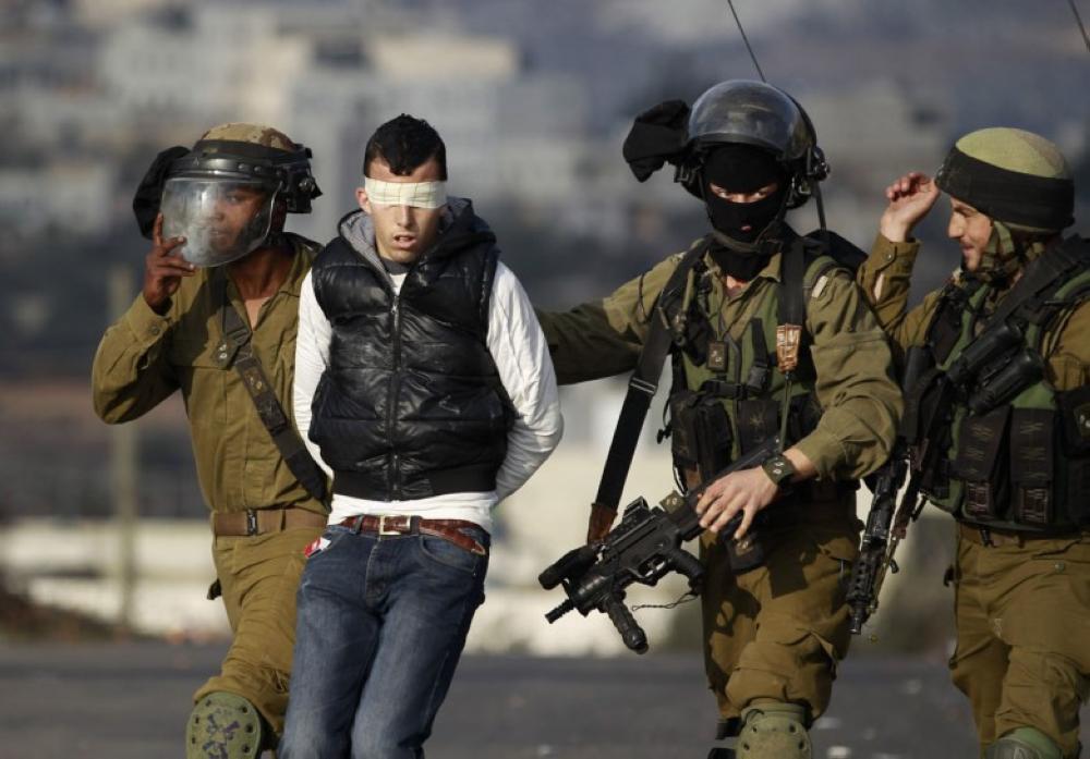 اعتقال 4 فلسطينيين من بلدة سلواد