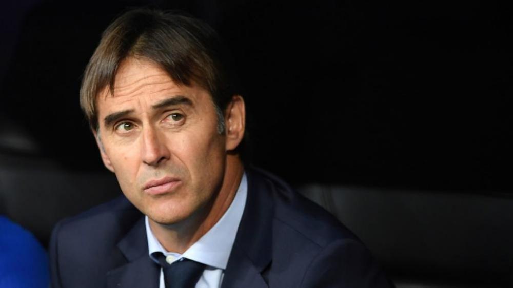 الاتحاد الإسباني يستغنى عن مدربه قبل يوم من كأس العالم