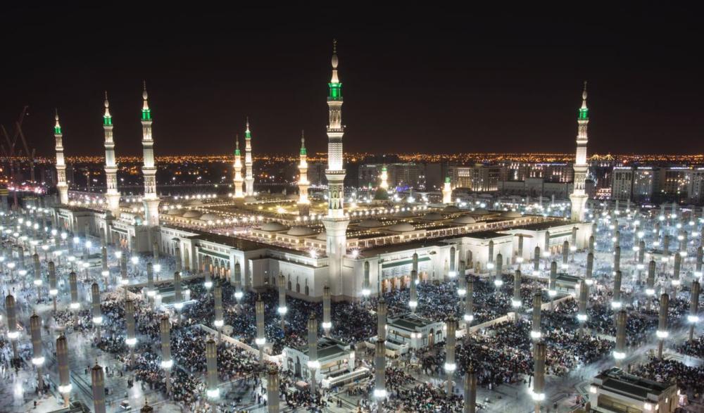 في ليلة الختم.. الجهات المختلفة تنجح في تهيئة المسجد النبوي لمليون مصلٍ