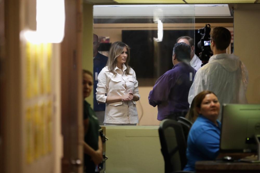 ترمب: زوجتي موجودة على الحدود مع المكسيك