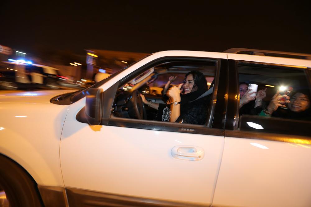تعرف على الاشتراطات الـ8 للراغبات دخول السعودية بسياراتهن