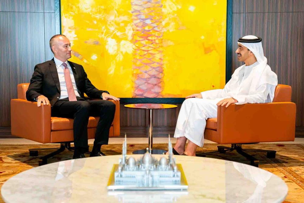 Sheikh Abdullah bin Zayed Al Nahyan, Minister of Foreign Affairs and International Cooperation, met in Abu Dhabi today with Nicholay Mladenov, UN coordinator for ME peace process.
