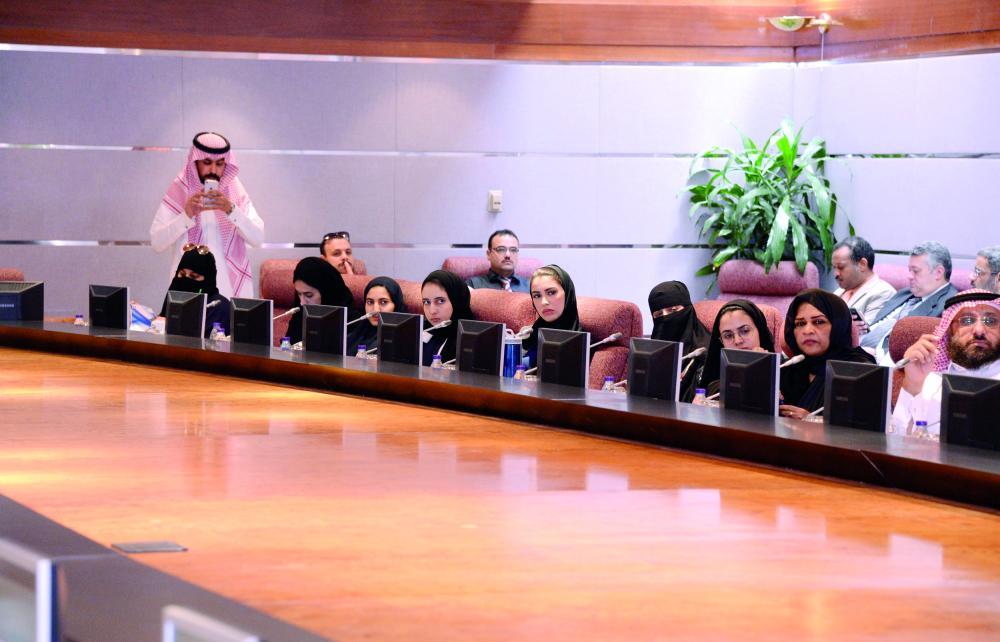مشاركون في ورشة الإفلاس. (تصوير: سامي الغامدي)