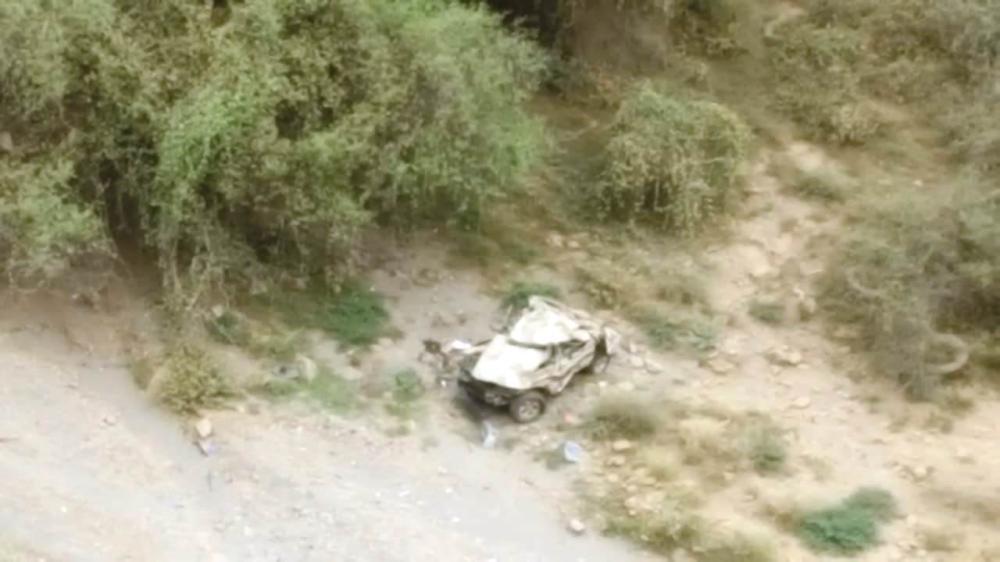 وفاة 3 أشخاص سقطت مركبتهم من «العنقة»