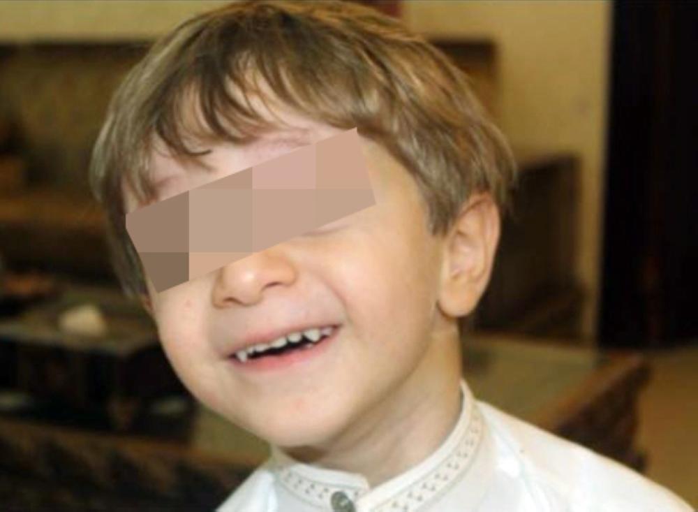 الطفل عبدالرحمن قبل إصابته.