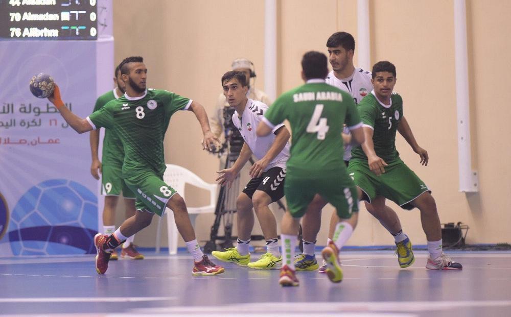 أثناء مواجهة أخضر اليد لدرجة الشباب ونظيره الإيراني