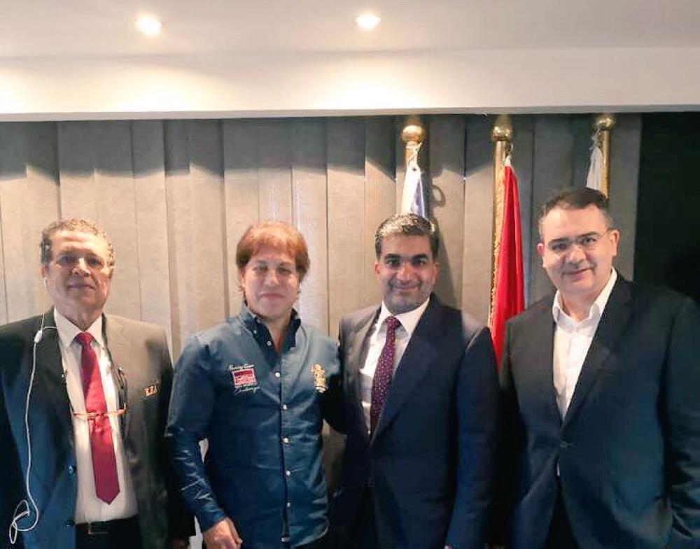 أثناء اجتماع الاتحادين السعودي والمصري لكرة القدم