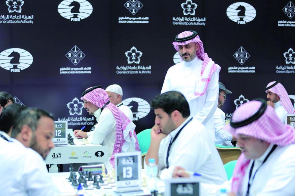 مشارك سابق في بطولة الشطرنج الماضية.
