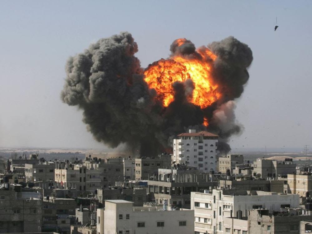 مقتل 14 مدنياً بغارات جوية في شمال سورية