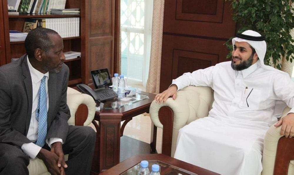 Deputy Environment Minister Receives Kenyan Charge d'Affaires