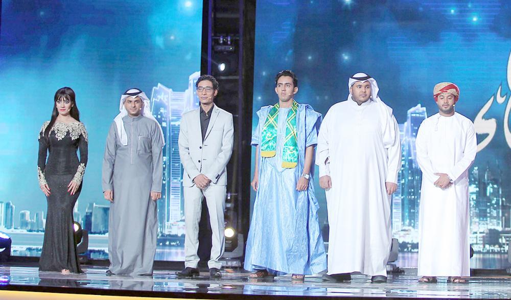 عدد من المتسابقين في الدورات السابقة لبرنامج «أمير الشعراء».