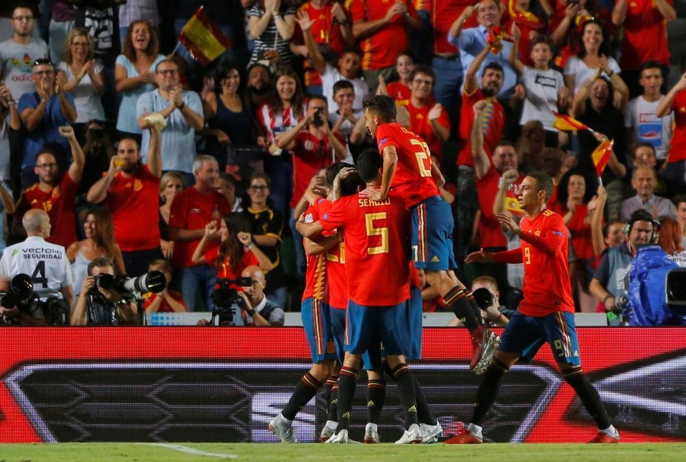إسبانيا تسحق كرواتيا وصيفة بطل كأس العالم بسداسية