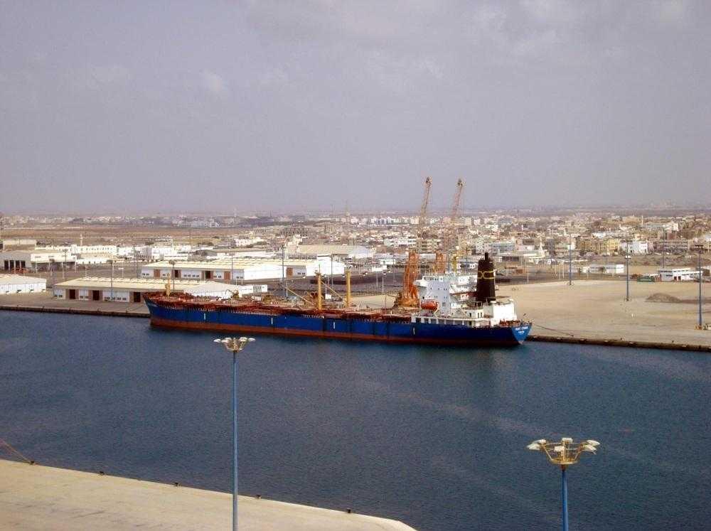 %24 زيادة في مناولة البضائع بـ«ميناء جازان»
