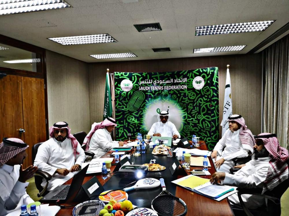 صور اجتماع مجلس الإدارة 2