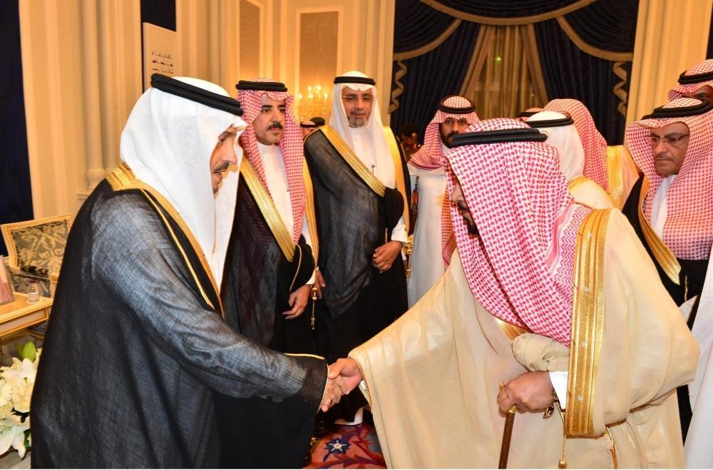 أمير الرياض يستقبل كبار مسؤولي وأعضاء مجلس المنطقة