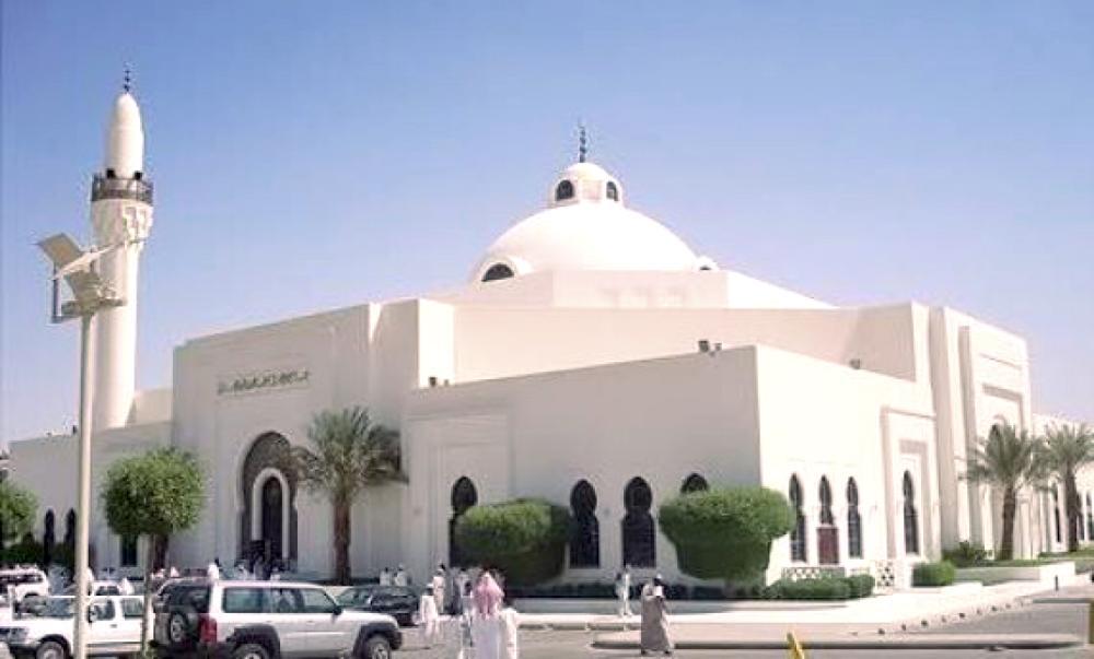 150 مليوناً مكافآت خدام المساجد سنوياً.