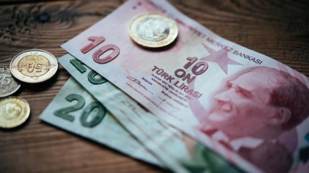 أنقرة تكافح التدهور الاقتصادي ونزيف الليرة