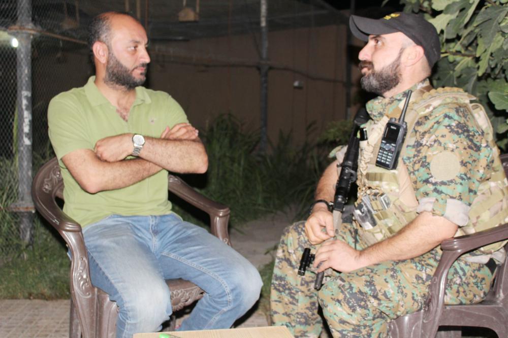الزميل الغضوي يحاور قائد جبهة دير الزور شرقي الفرات