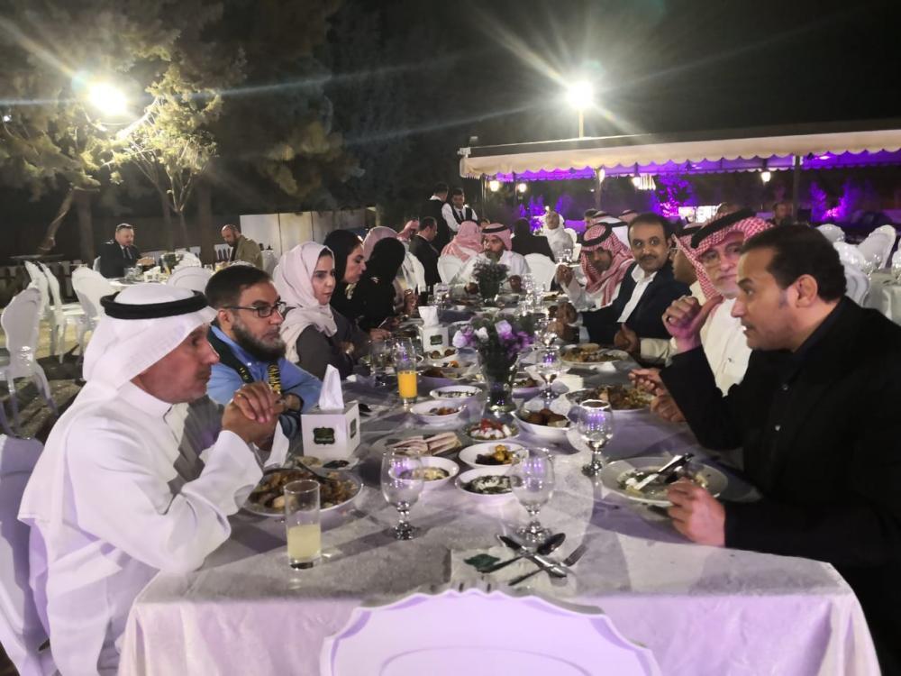 سفير المملكة لدى الأردن يقيم مأدبة عشاء لوفد مركز الملك سلمان للإغاثة