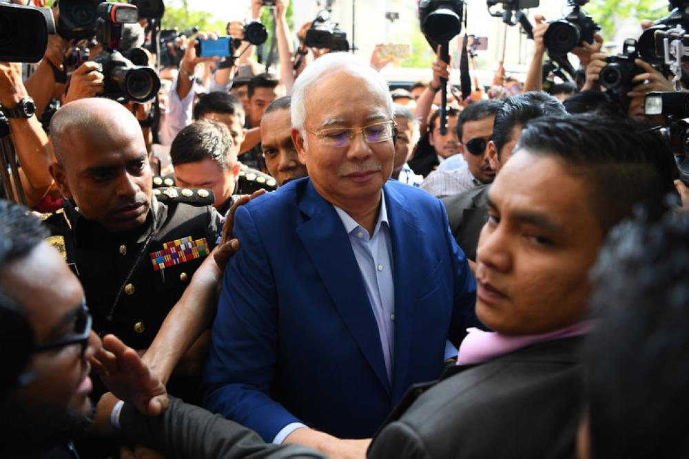 عبد الرزاق في قبضة لجنة مكافحة الفساد الماليزية