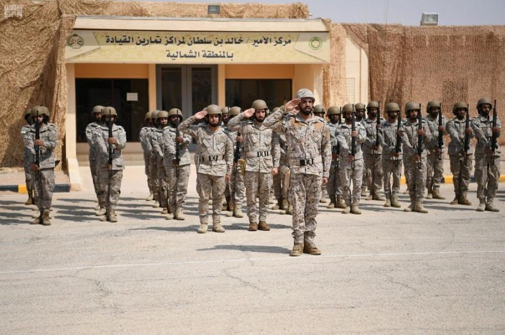 جنود في التمرين