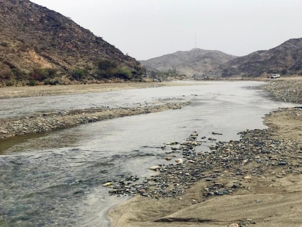 مياه جارية تشجع على الاستثمار السياحي. (تصوير: فائز الشهراني)
