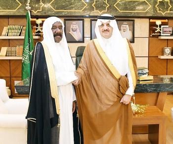 الأمير سعود بن نايف مع البلوشي.