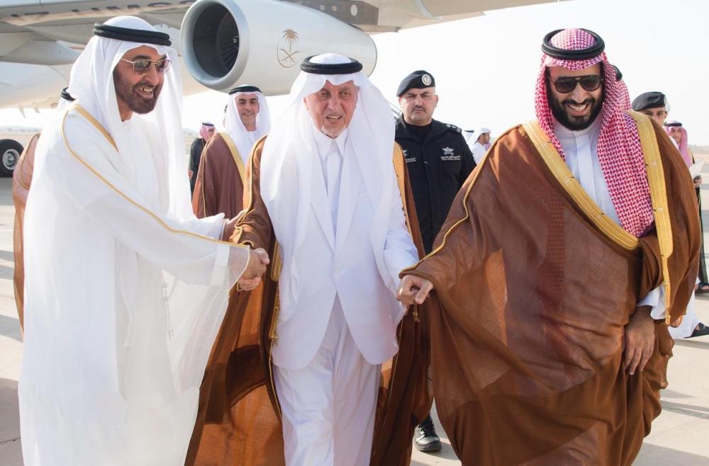 ولي العهد ومحمد بن زايد وخالد الفيصل