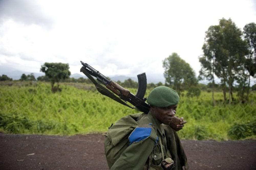عنصر أمن في الكونغو