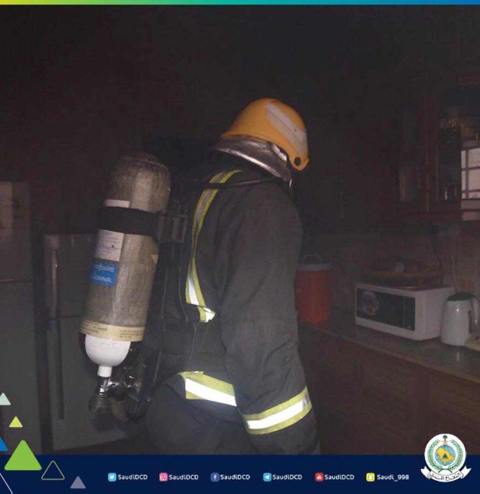 «مدني سكاكا» يسيطر على حريق بمنزل في العزيزية
