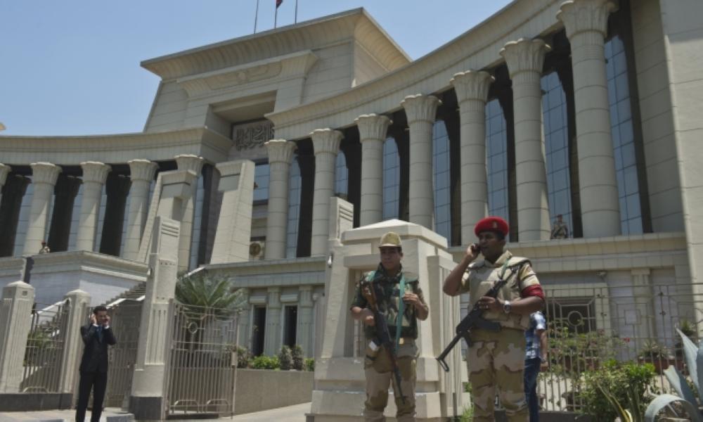 محكمة مصرية تقضي بإعدام 17 متهما في قضية استهداف الكنائس